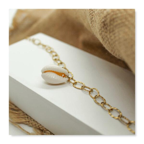 bracelet cauri