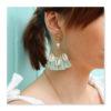 Boucles d'oreilles pompons cauri